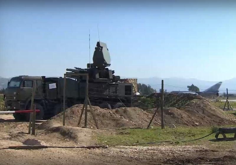 Самолет с ракети за Сърбия прелетя над България