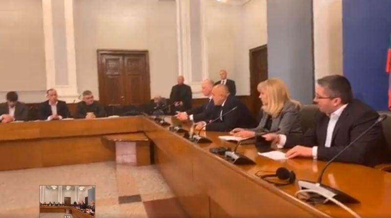 Какво решиха Борисов и превозвачите за ТОЛ системата? ВИДЕО