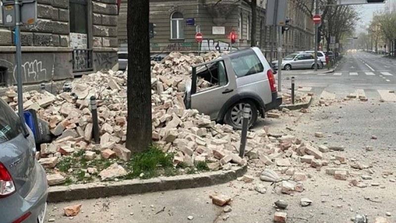 Има разрушения от земетресенията в Загреб! Рухна кула на катедрала ВИДЕО+СНИМКИ