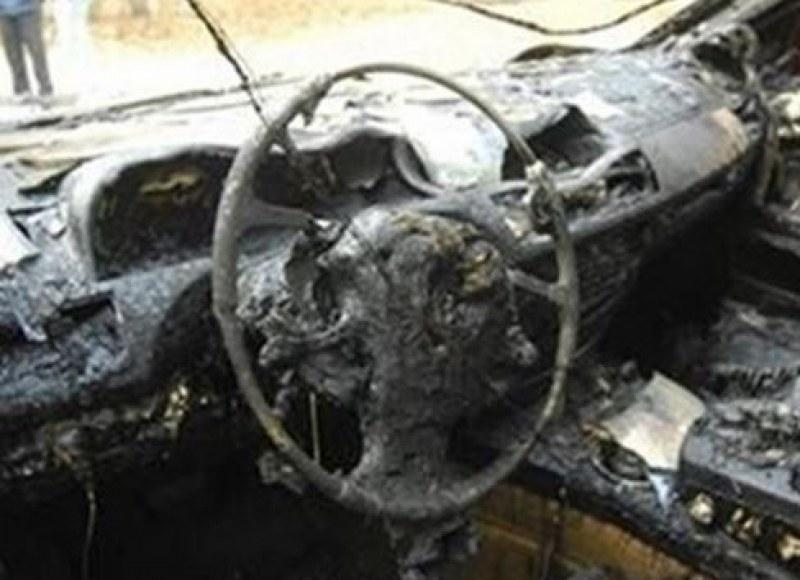 Двама хлапаци се обърнаха с крадена кола, после... я запалиха!