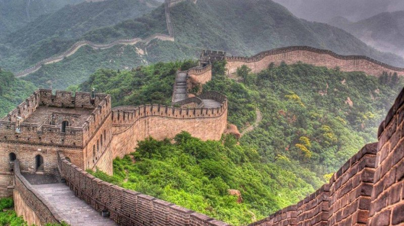 Два месеца по-късно: Китайската стена отново приема посетители