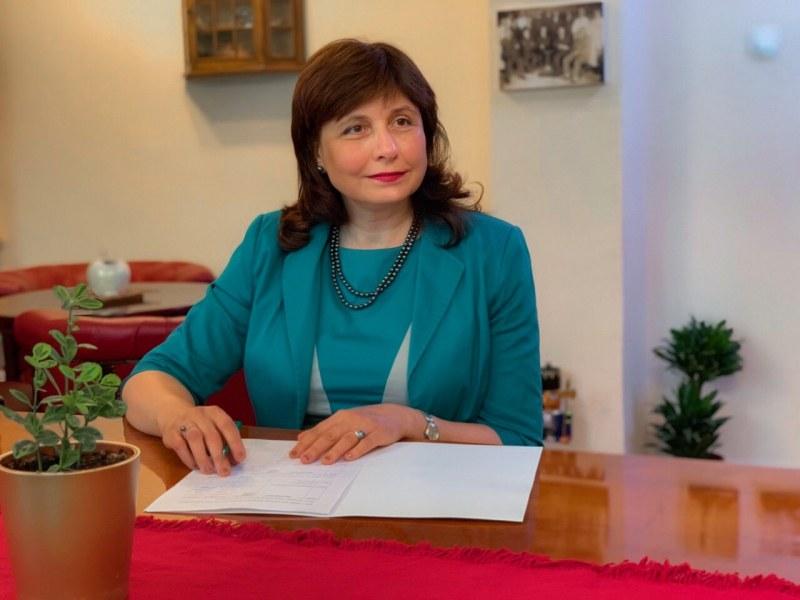 Ректорът на МУ-Пловдив с писмо до Националния оперативен щаб и министри