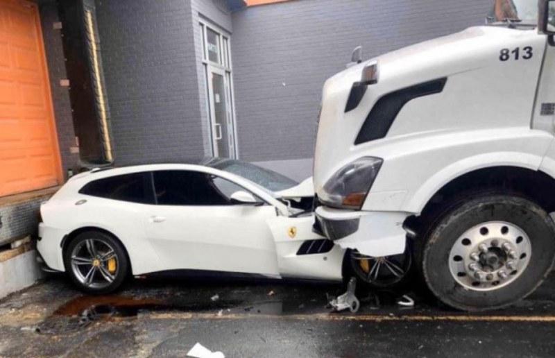 Тираджия прегази луксозната кола на шефа си!