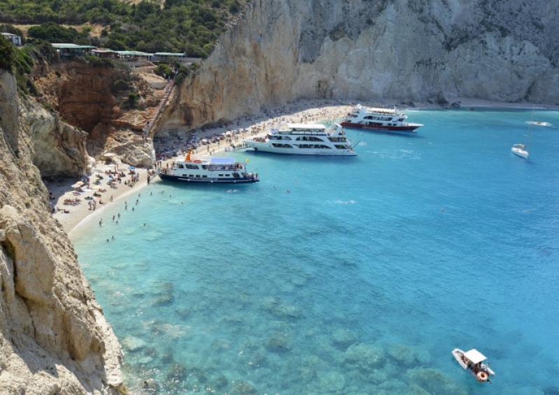 Любими гръцки плажове на българите отварят този уикенд!