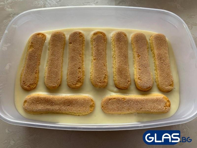 Рецепта за домашна торта с яйчен крем СНИМКИ