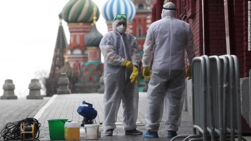 Коронавирусът опустоши Москва СНИМКИ