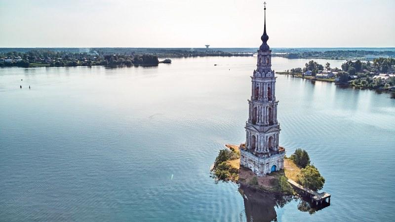 Руската Атлантида, която се крие във водите на Волга  СНИМКИ