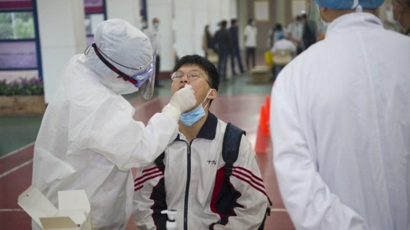 Китай направиха над 6,5 милиона теста за COVID-19 на жители на Ухан