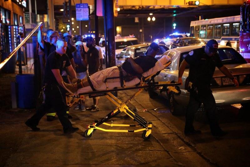 10 жертви и 39 ранени след улични престрелки в Чикаго ВИДЕО
