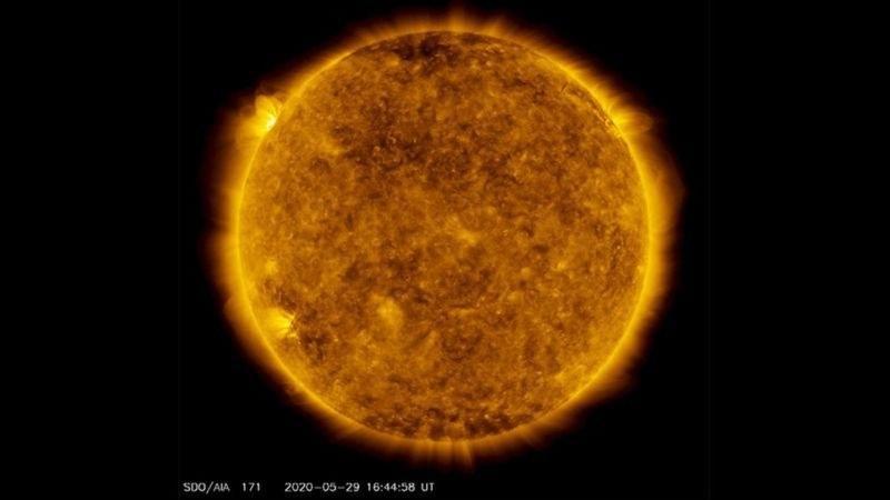 Европейската сонда SolO с първо преминаване близо до Слънцето