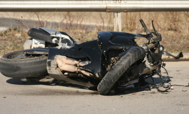 Тежка катастрофа край София, загинал е моторист!* ВИДЕО