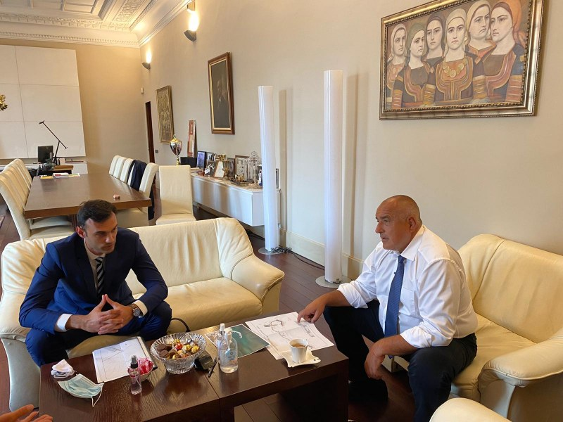 Борисов нареди да се укрепи морският бряг на Бяла