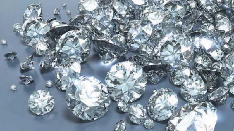 Учени посочиха къде ще вали дъжд от диаманти