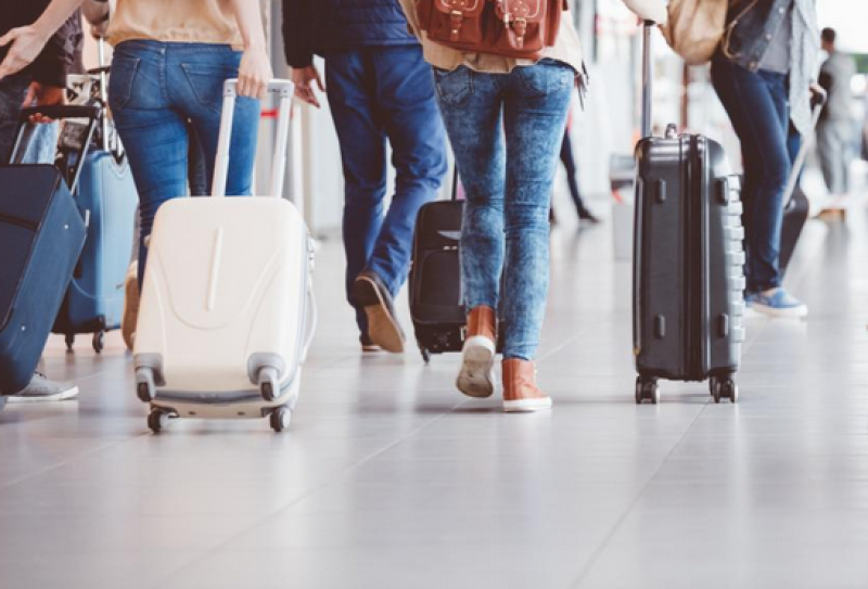 Без карантина за туристи от 35 страни