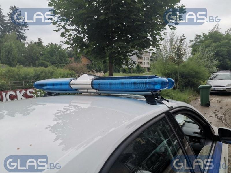 Намерен труп на гол мъж в река Владайска!* СНИМКИ