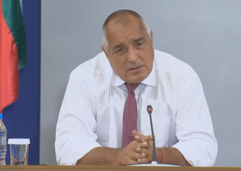 Борисов иска да се свали охраната на Доган и Пеевски