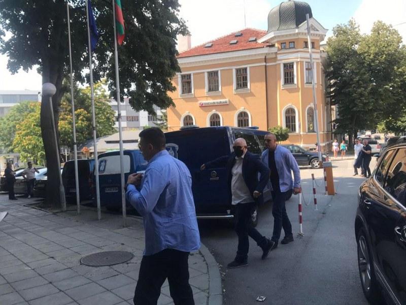 Голям удар на прокуратурата в Ямбол, главният прокурор е там