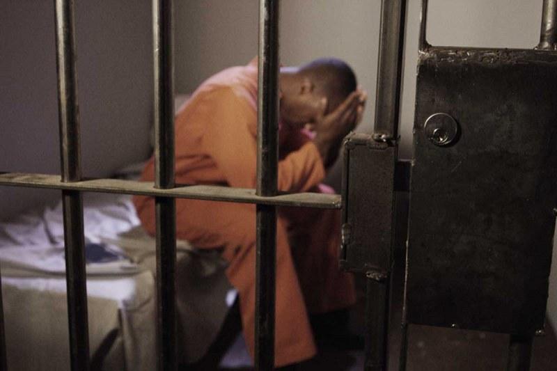 Надзирателите надигат глава. В затвора в София 29-има охраняват 800
