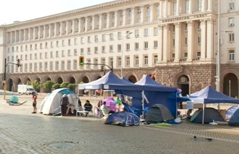 28-и ден на протести, блокадите продължават