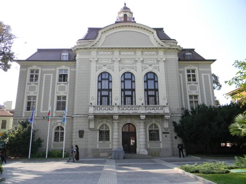 Излязоха резултатите от тестовете за COVID-19 на пловдивските общинари