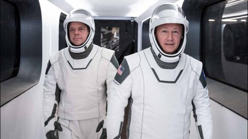 Те кацнаха на Земята и разказаха за Космоса: