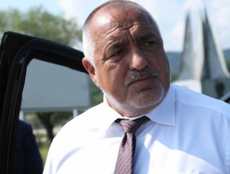 Премиерът изненадващо призна: И аз искам оставката на Радев!