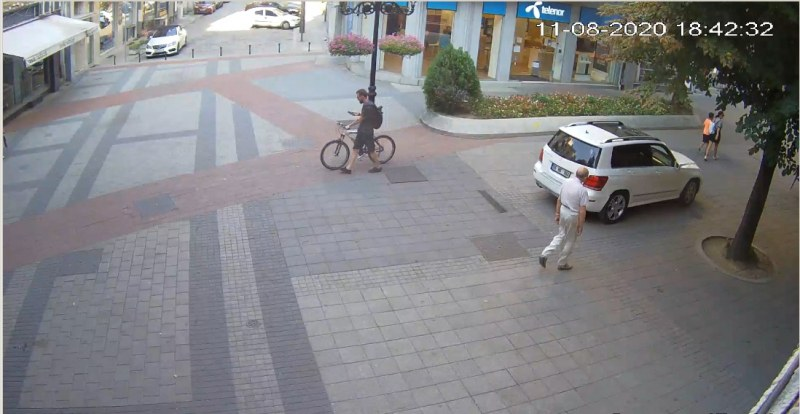 Ясно е кой е шофьорът, джиткал по Главната в Пловдив