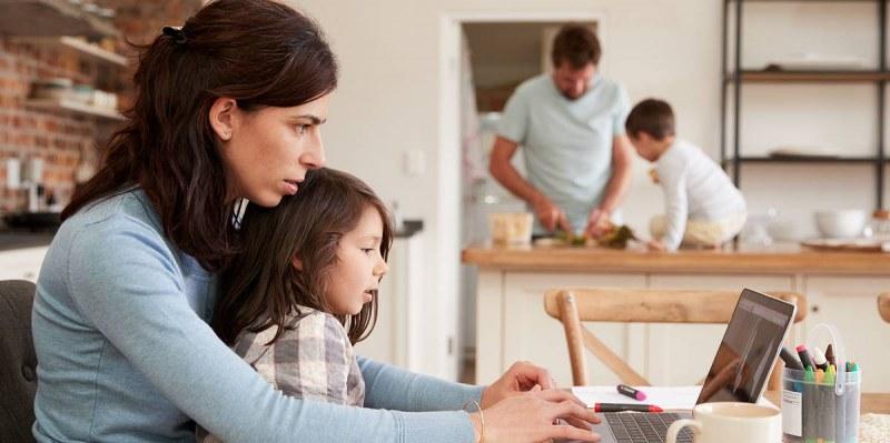 Важно за родителите с деца под карантина! Имат ли право на отпуск и болнични?