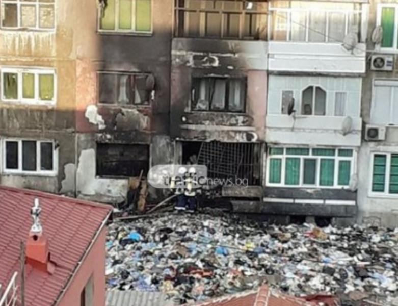 Мощен взрив в Столипиново, избухнал е пожар!