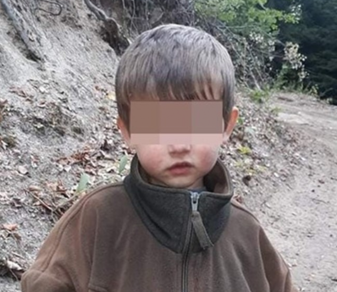 Дядото на откритото 2-годишно момченце: Отвлечен е. Стресиран е!