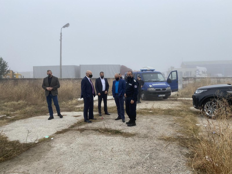 Прокуратурата разследва престъпна група в с. Цалапица ВИДЕО