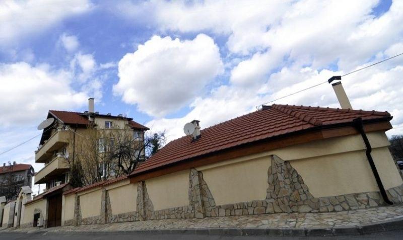 Бомбена заплаха срещу Борисов! МВР обгради дома му в Банкя