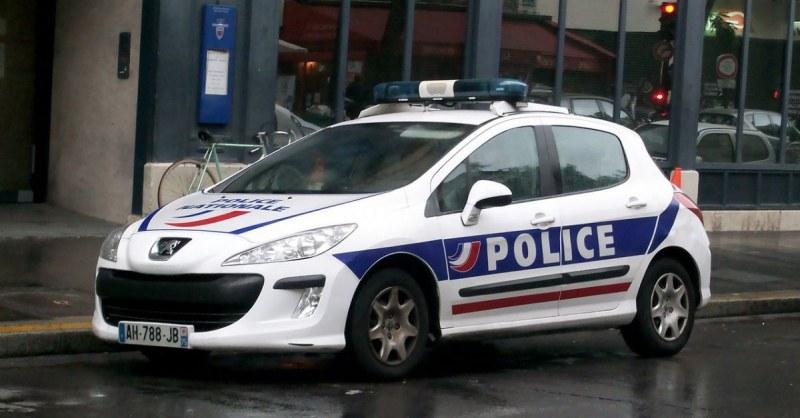 Франция спипа 22-годишен чеченец, възхвалявал терора в социалните мрежи