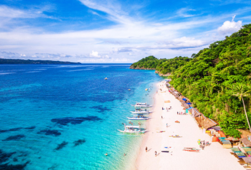 Пет невероятно красиви места с вечно лято