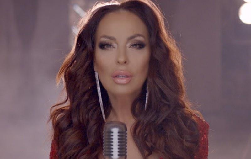 Певицата Ивана загуби свой близък заради заразата