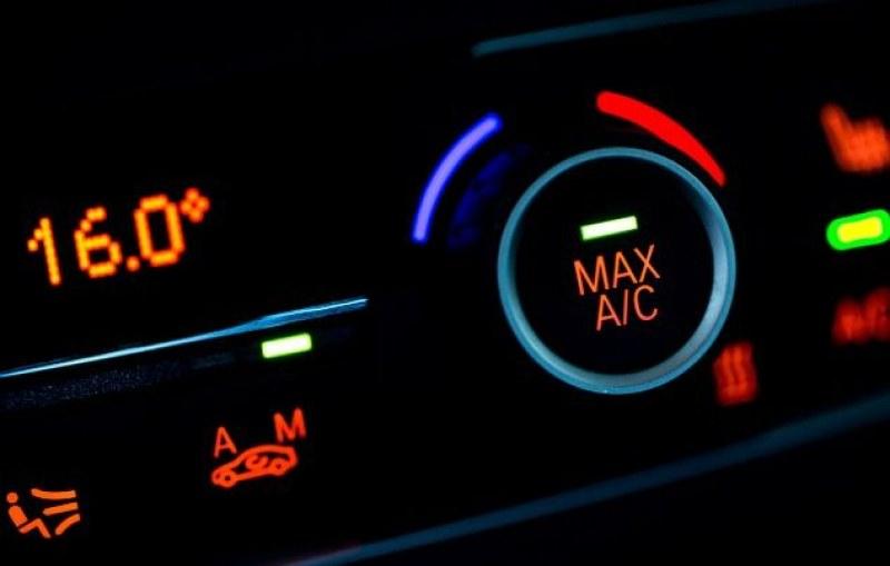 Какви са рисковете при купуване на стар автомобил с климатроник?