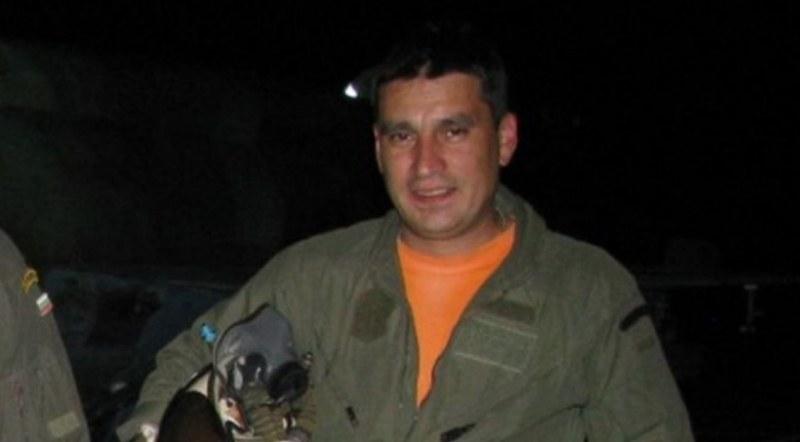Официално: Загинал е пилотът на падналия боен самолет