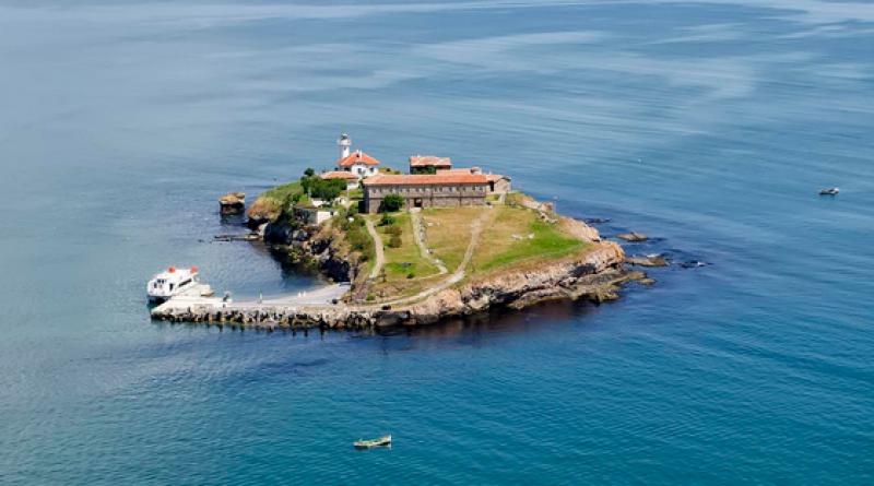 Забраниха на софиянка да стъпва на остров Света Анастасия