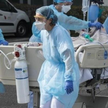 Заради ковид сертификатите: Отстраниха близо 3000 медици във Франция