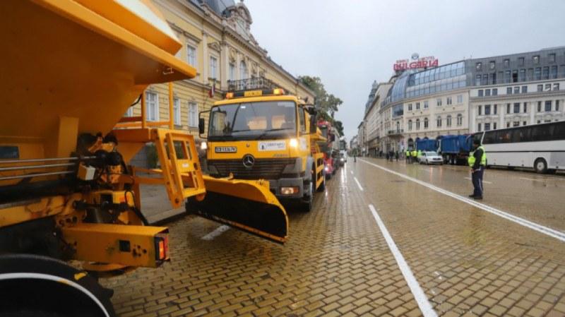 Багери и камиони за втори ден блокираха София. Търсят си милионите