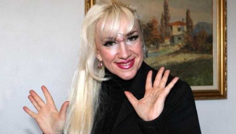 Сашка Васева е с тежка диагноза, чака я операция