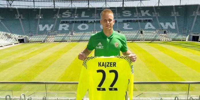 Кайзер подписа с 12-ия в Полша