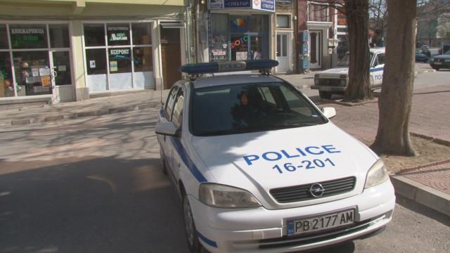 Жена преби любовника си в Асеновград! Той пред полицията: Биха ме непознати