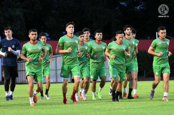 Умарбаев се връща на 17-и в България след 160 минути с националния отбор!
