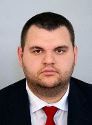 Делян Пеевски, ДПС: Няма да подкрепим предложението на ГЕРБ за 1 лв. партийна субсидия, но ще подкрепим тя да е 0 лв.