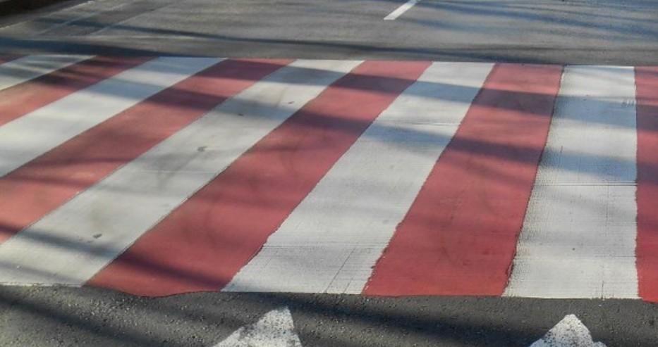 Две пешеходки са блъснати от коли във Варна докато пресичат, в единия случай шофьорът избяга