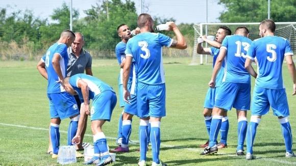 Черноморец (Бургас) започна с 23 футболисти, уреди седем контроли