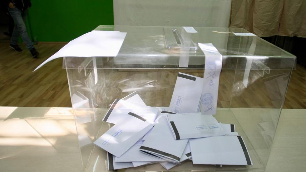 ЦИК: 6,84% избирателна активност към 10 ч.