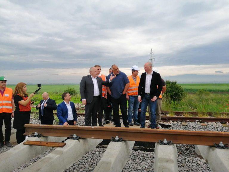 При железопътната отсечка София-Елин Пелин ще бъдат реконструирани 6 броя мостове и ще се построят 17 броя нови надлези и подлези