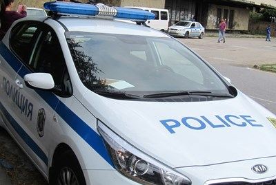 Камион блъсна мъж с колело в село Козаревец, потроши го
